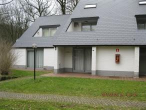 Belle maison de vacances située dans le domaine de Hengelhoef. Entièrement meublée et équipée avec living, coin sal