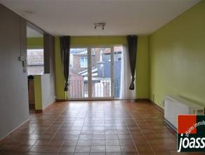 Bel appartement en parfait état, construit avec des matériaux de qualité, idéalement situé au 1er étage, &ag