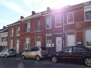 Jolie petite maison 2 chambres, salon, cuisine ouverte SDB, terrasse et jardin, PVC DV, CCG, elec bi horaire, bon état à voir
