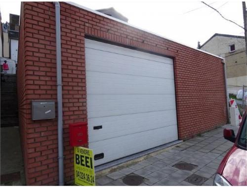 Garage louer jemeppe sur meuse 450 e48lo for Garage professionnel a louer