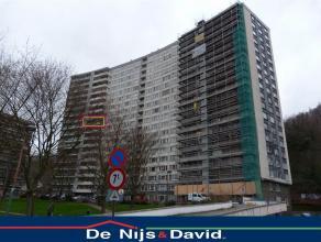 Sur la commune de Herstal, esplanade de la paix, un bel appartement 1 chambre situé au 9 ème étage de l'immeuble comprenant un Ha