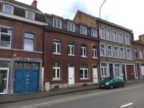 Gros immeuble en bon état, aménagé en 3 appartements. Composition : - sous-sol : caves; - rez : appartement 1 : salon, cuisine, c