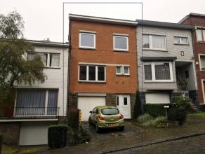 LIEGE (Bois l'Eveque) : Maison 4 chambres avec jardin et garage Située dans un quartier paisible et proche de toutes commodités (gare, b
