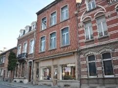 NAMUR (Salzinnes) avenue Reine Astrid, 112 (2ème étage). Au pied de la Citadelle, appartement spacieux de +/- 70 m² comprenant un s