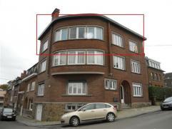 Namur - Rue Martine Bourtonbourt, 33 Appartement de deux chambres situé au dans un petit immeuble au 2ème étage dans un quartier