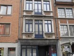 NAMUR - Rue de Gravière, 12 Appartement d'une chambre au rez de chaussée entièrement remis à neuf.Il se compose d'un hall