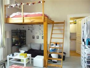 NAMUR - Rue de la Colline 67 Très beau studio situé au calme sur une très belle propriété. Il est composé d'