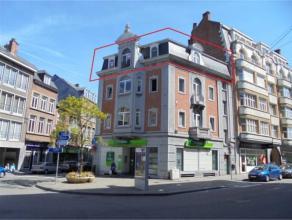 Avenue Golenvaux, 3 à 5000 Namur.Appart de ± 83 m² au 3e étage sans ascenseur. Comprenant : Hall - séjour - cuisine s