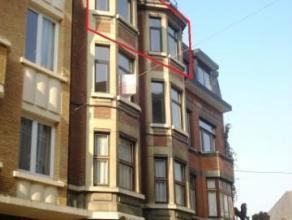Rue des Carmes, 11 à 5000 Namur. Idéalement situé, en plein centre de Namur, à proximité de toutes commodité