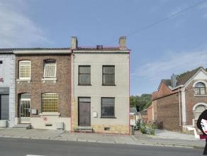Sympath maison de type 3 façades, située sur les hauteurs de Marcinelle, limite Jamioulx, saine et habitable de suite, même si qqu