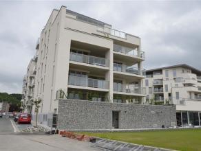 OPTION-OPTION-OPTION En bord de Meuse et à 1 km du centre de Namur, superbe appartement neuf de 106 m² au 1er étage de la nouvelle