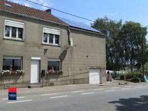 SOMBREFFE : Belle maison trois façades avec garage, jardin et passage latéral. Elle est située à Sombreffe, à la li