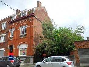 MARCINELLE : Belle maison bourgeoise idéalement située au centre ville et à proximité des axes autoroutiers. Cette habitat