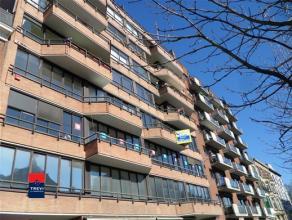 CHARLEROI : Boulevard Audent n°31. Très bel appartement complètement remis à neuf !! Celui-ci est situé au 4ème