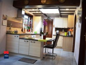 MARCINELLE : Belle maison quatre chambres en excellent état d'entretien et entièrement rénovée. Cette habitation, libre &a
