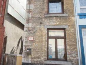 Marcinelle :à vendre maison 3 façades comprenant living, cuisine, salle de douche, 2 chambres dont une aménagée au grenier