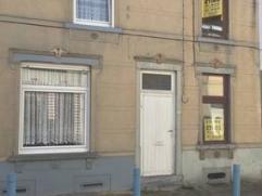 Maison unifamiliale à rénover comprenant :Sous sol : CaveRez : Living - Salle à manger - Cuisine -Salle de bain