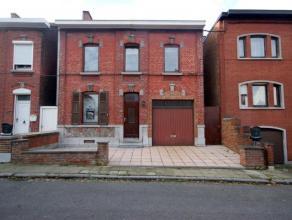 Mont-sur-Marchienne, rue Neuve 29 : Maison de type 3 façades tout confort 3 chambres, garage et jardin. 830 euros/mois, 2 mois de caution, bail