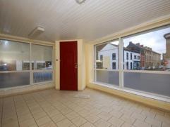Gilly, rue du Calvaire 191 : spacieux studio composé d'un séjour avec cuisine ouverte, WC séparé avec buanderie, salle de