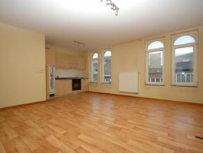 Au centre de Gilly :Très bel appartement 1 Chambre situé Chaussée de Charleroi 29, cuisine équipée, salle de douche