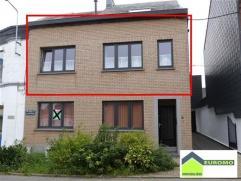 Très bel appartement situé au 1er étage avec terrasse - Cet appartement pourrait être libre le 24.10.2014 Composition : hal