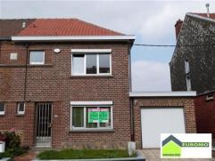 POSSIBILITE DE FAIRE OFFRE A PARTIR DE 139.000 euro Bonne maison située dans un quartier calme à proximité du centre de Mont-Sur-