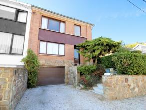 (Hublinbu) : TB maison 3 façades, jardin, garage, idéalement située au calme. Hall (vestiaire-wc), living, véranda, cuisin