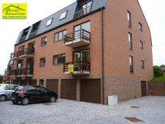 Mont-sur-Marchienne: Bel appartement de +-116m²dans propriété privative comprenant: Hall d'entrée, wc, vestiaire, grand livi