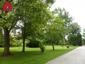 Adresse : Chaussée de Chatelet, 42 Appartement 2 chambres situé dans un cadre champêtre aux abords d'un parc, au calme, non loin d