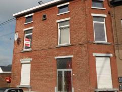 Adresse : Chaussée de Charleroi, 417 MAISON 3 FAÇADES AVEC COUR, POSSIBILITÉ D'AMÉNAGER EN PETIT JARDIN Descriptif : Sous