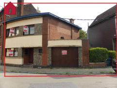 Adresse : Rue Vital Françoise, 85 TRÈS BELLE MAISON 3 FAÇADES AVEC GARAGE, TERRASSE ET JARDINDescriptif : Sous sol : entiè