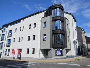 Centre d'Arlon, nouvel appartement d'env 55 m² situé au 1er étage de la résidence Jacques Ensch. Composition : hall, grand s