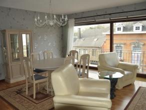 Situé au deuxième étage de la Résidence, l'appartement profite de sa proximité avec les commerces et écoles