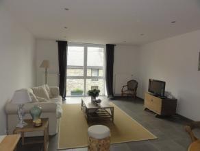 Nog geen nederlandstalige versie beschikbaarTrès bel appartement/duplex neuf, situé à Savy près de Bastogne. Il est compos