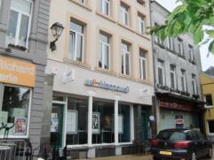 Dans le centre d' Arlon, appartement en très bon état situé au 1er étage comprenant un séjour, une cuisine é
