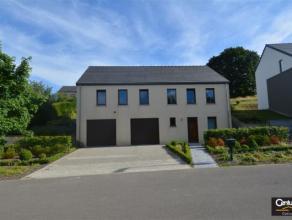 WALTZING : idéalement située et bien orientée - Maison avec jardin de 8 ares située à  proximité d'Arlon et