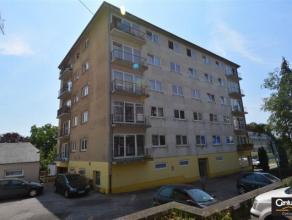 Appartement situé au coeur d'Arlon, au 4ème étage de la Résidence Claude, comprenant séjour (avec balcon), cuisine