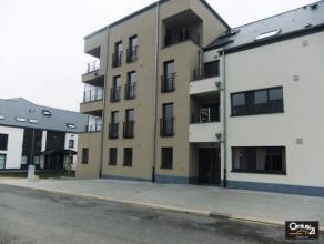 Dans le quartier du Waschbour, proche du centre ville : bus, écoles, E411, ... appartement en bon état à louer. Il se compose d'u