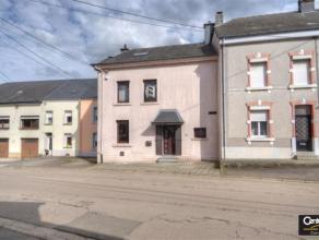 Maison de village rénovée jusqu'en 2016 avec des matériaux de qualité , située au centre Stockem, à proximit