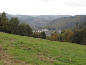 Nouveau lotissement résidentiel viabilisé sur les hauteurs de Bouillon.  Très belle situation, au calme.   22 terrains à b