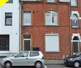 Bastogne (Centre): Appartement 1 chambre situé à proximité directe de la Place Mc Auliffe. Ce bien situé au 1er éta