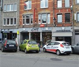 BASTOGNE (Centre): Appartement 2 chambres, situé au 2ème étage d'un immeuble au coeur de la Grand-Rue commerçante et ses c
