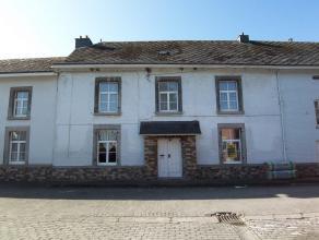 Maison d'habitation située à Barvaux (Durbuy). Cette maison est composée d'un salon/salle à manger, d'un hall d'entr&eacut