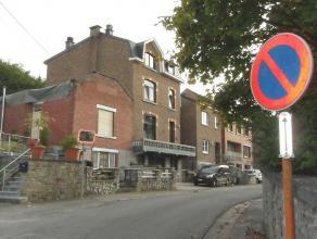 BARVAUX (Durbuy): Proche du centre (500m), de la gare (200m). Bonne maison spacieuse avec garage, parking et jardin. Composition: 4 chambres, terrasse