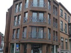 Mons - Agréable appartement centre-ville - Hall - Living - Cuisine équipée - 2 chambres Débarras - SDB - Cave Loyer : 580€