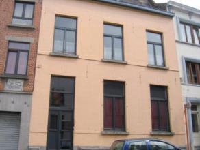 MONS - Immeuble de rapport composé de 4 entités locatives (3 actuellement louées - baux d'1 an) - Jardin - Compteurs individuels