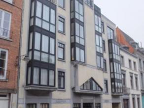 Mons - Rue du 11 Novembre, 25. Appartement très bien situé en centre ville. 2 chambres - Hall - Sejour - SAM - Cuisine - SDB - WC s&eacu