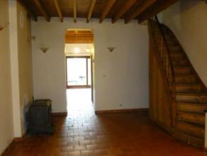 Mons. Rue de la Faïencerie, 37. Maison unifamiliale située proche du centre de Mons. Cette maison est composée d'un living, cuisine