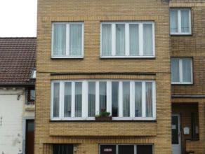 MONS Spacieuse maison hyper équipée avec garage, 3 grandes chambres avec parquet, Châssis Double vitrage, Chauffage central gaz, F