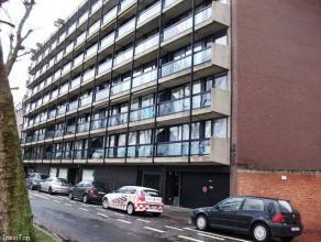 """Résidence """"Le Vauban"""" - Appartement au 1er étage, situé entre Mons-Centre et Hyon, composé d'un séjour, une cuisine"""